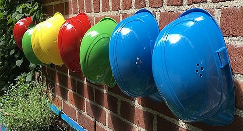 Wir suchen Baustellenhelfer (w/m/d) Hamburg mit Erfahrung für Malerarbeiten Korrosionsschutzfacharbeiten / Estrich legen / Fassaden verputzen.