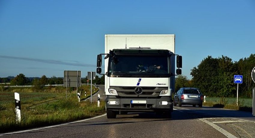 LKW Fahrer (m/w/d) Harburg im Werksverkehr im 3-Schichtsystem, FS Kl.CE, Durchführung der Abfahrtskontrolle, Anbringung / Kontrolle der Ladungssicherung.