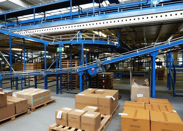Wir suchen eine Lagerfachkraft mit PC-Kenntnissen (m/w/d) in Hamburg Harburg für die Be- und Entladung von Containern und LKW.
