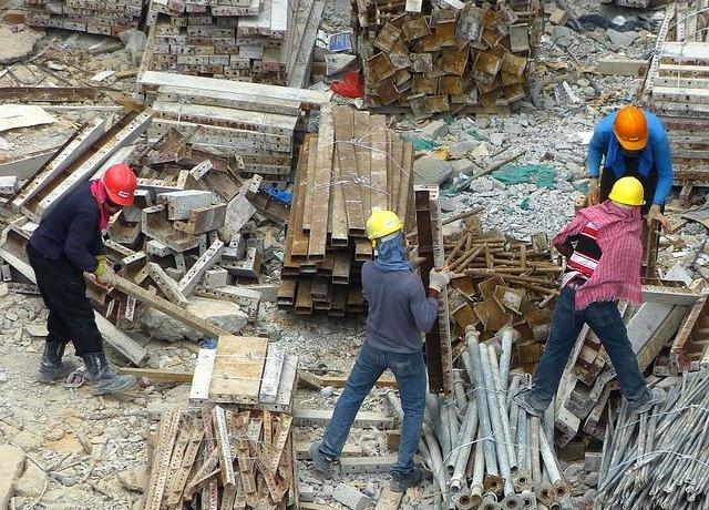 Wir suchen aktuell Baureiniger / Reinigungshelfer in Hamburg (w/m/d) für die Baustellenendreinigung und Unterhaltsreinigung in Vollzeit.